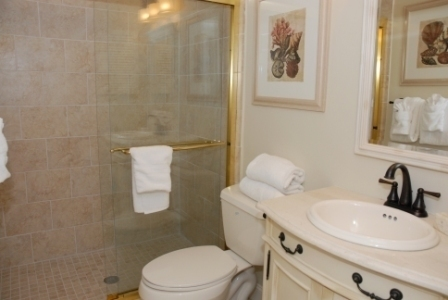 2207_Heritgae_Villas_Master_Bathroom2207ht_004701_big.JPG
