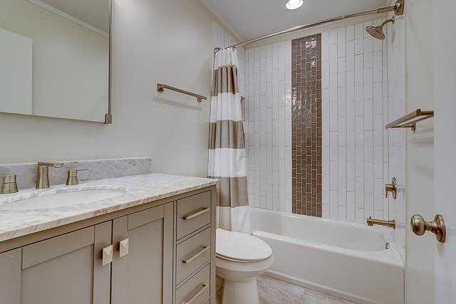 2208-Heritage-Villa-Guest-Bathroom-14209-big.jpg