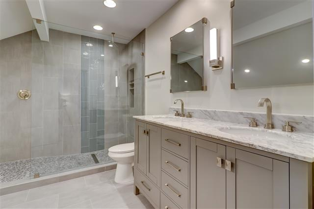2208-Heritage-Villa-Master-Bathroom-14207-big.jpg