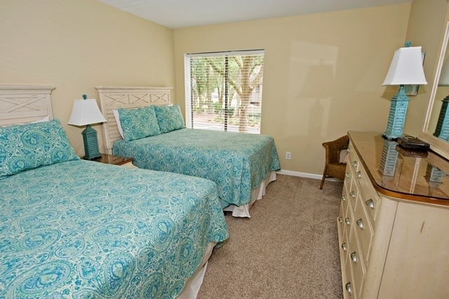 2214-Heritage-Villas--Bedroom-Double-Bed-2-6586-big.jpg