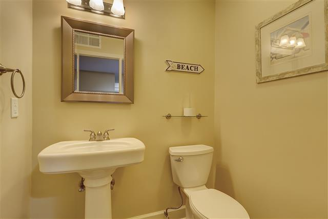 2236-Heritage-Villas-Guest-Bathroom-17177-big.JPG