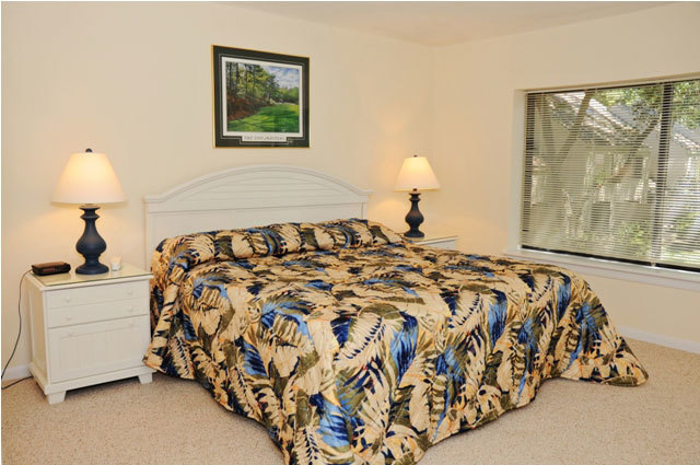 2247_Heritage_Villas_Master_Bedroom22474_big.JPG