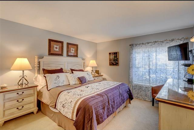 2277-Heritage-Villas---Master-Bedroom-8039-big.JPG