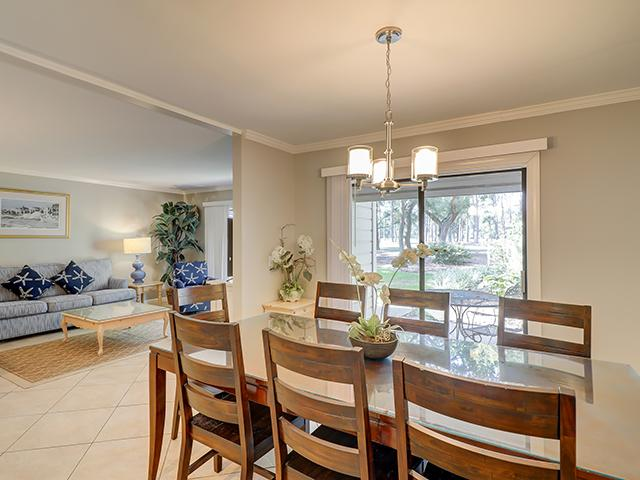 2279-Heritage-Villas--Dining-Room-9974-big.jpg