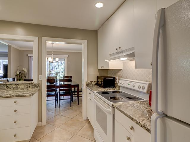 2279-Heritage-Villas--Kitchen-9975-big.jpg