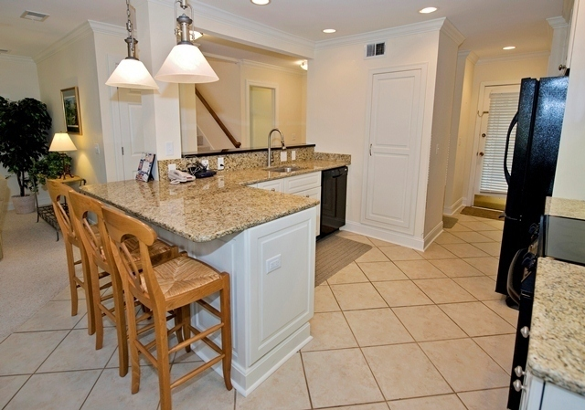 2286-Heritage-Villas--Kitchen-2-1360-big.jpg