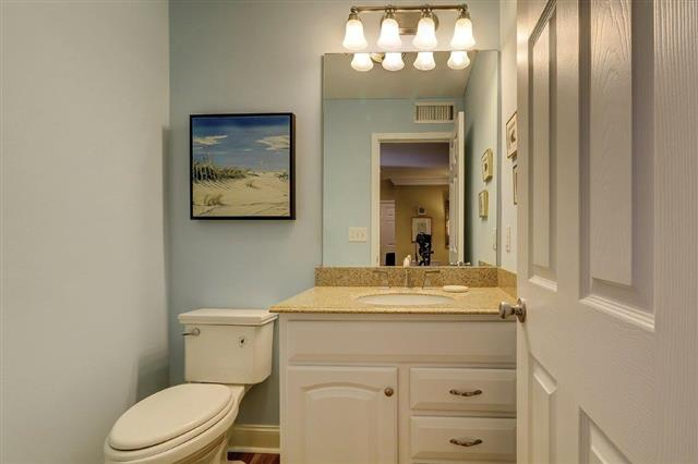 2289-Heritage-Villas---Half-Bathroom-17567-big.jpg
