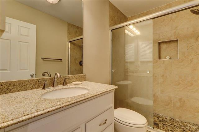 2289-Heritage-Villas---Two-Double-Bathroom-17566-big.jpg
