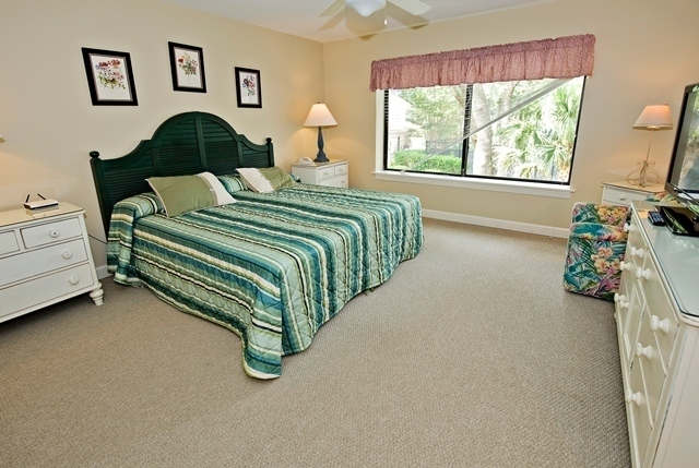 2293-Heritage-Villas---Master-Bedroom-3901-big.jpg