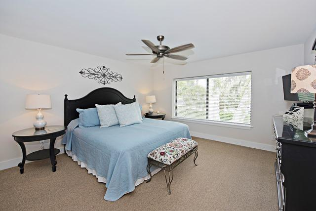 2299-Heritage-Villas---Master-Bedroom-12047-big.jpg