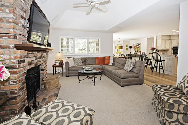23-St.-Andrews-Place----Living-Room-10489-big.jpg