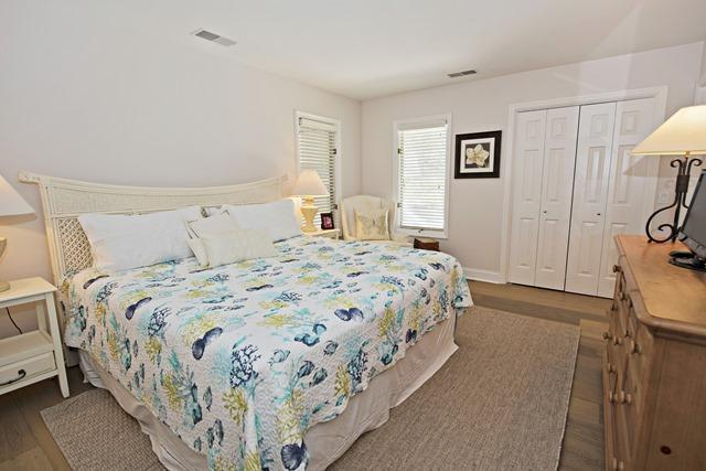 23-St.-Andrews-Place---3rd-King-Bedroom-10502-big.jpg
