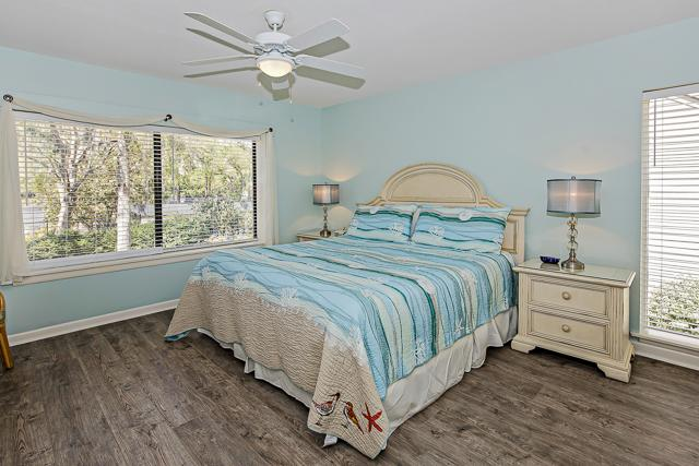 2300-Heritage-Villa---Master-Bedroom-13377-big.jpg
