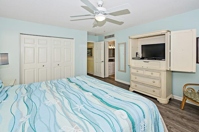 2300-Heritage-Villa---Master-Bedroom-13378-big.jpg