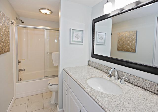 2303-Heritage-Villas---Master-Bathroom-10318-big.jpg