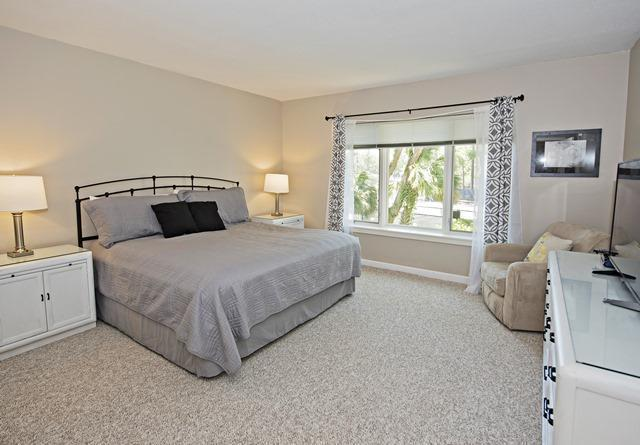2303-Heritage-Villas---Master-Bedroom-10317-big.jpg