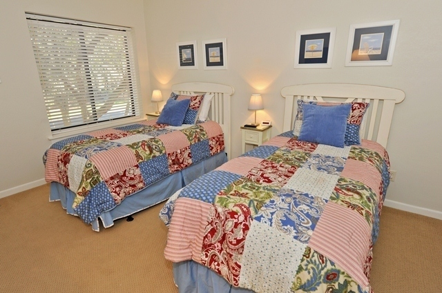 2308-Heritage---Twin-Bedroom-2-5036-big.JPG