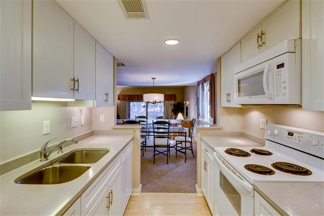238-Stoney-Creek---Kitchen-14893-big.jpg