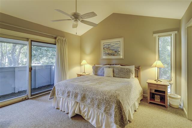 238-Stoney-Creek-Swing-King-Bedroom-17011-big.JPG