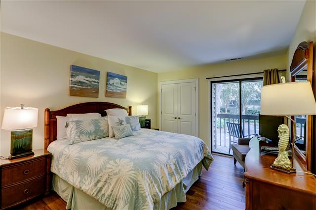 2447-Inland-Harbour---Master-Bedroom-15807-big.jpg
