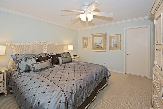 2449-Inland-Harbour---Master-Bedroom-1471-big.jpg