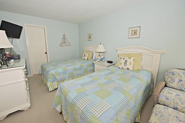 2449-Inland-Harbour---Twin-Bedroom-1473-big.jpg