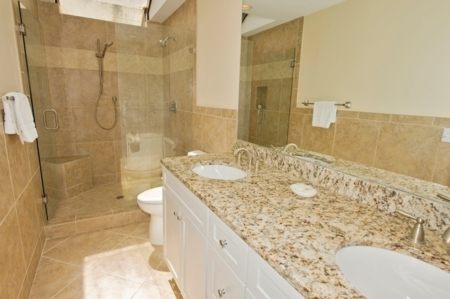 2454-Inland-Harbour---Master-Bathroom-5504-big.jpg