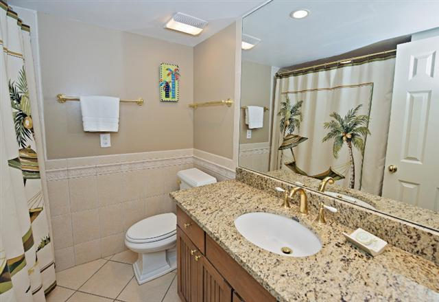 247-Stoney-Creek---Master-Bathroom-9669-big.jpg
