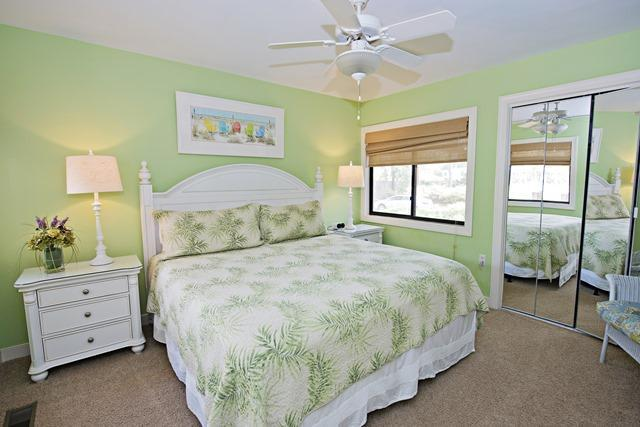 2533-Gleneagle-Green----Master-Bedroom-4383-big.jpg