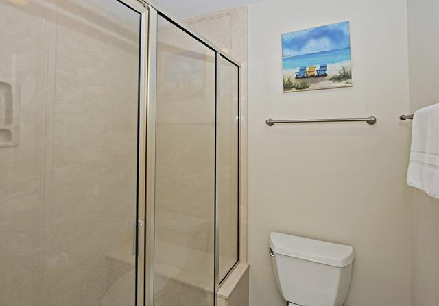 2533-Gleneagle-Green---2nd-Master-Bathroom-2-10243-big.jpg