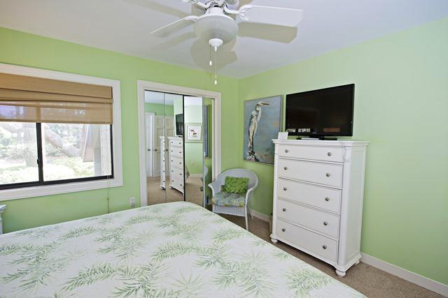 2533-Gleneagle-Green---Master-Bedroom-4386-big.jpg