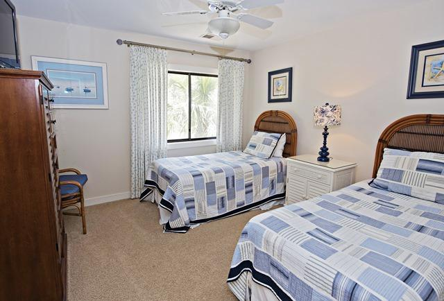 2533-Gleneagle-Green---Twin-Bedroom-4385-big.jpg