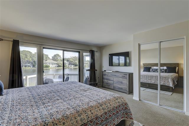 2629-Calibogue-Club---Master-Bedroom-16711-big.JPG