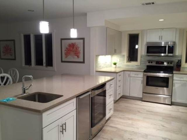 266-Stoney-Creek---Kitchen-Island-8616-big.jpg