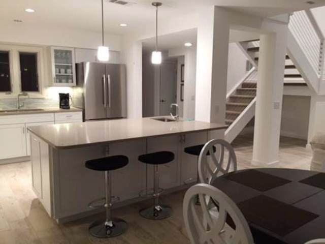 266-Stoney-Creek--Dining-Room-to-Kitchen-8615-big.jpg