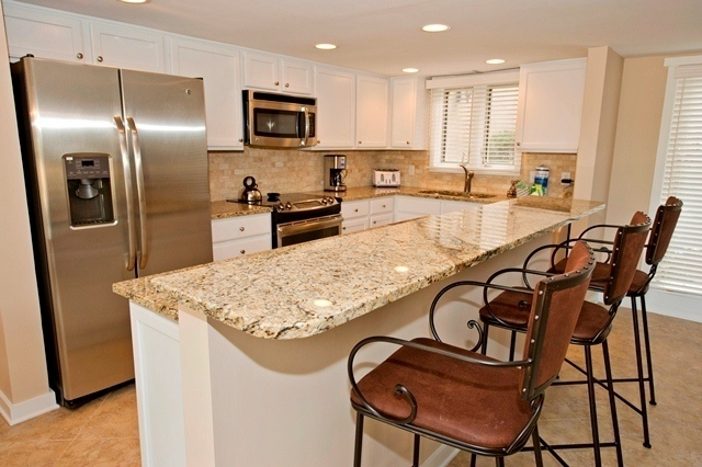 282-Stoney-Creek-Kitchen-1716-big.jpg