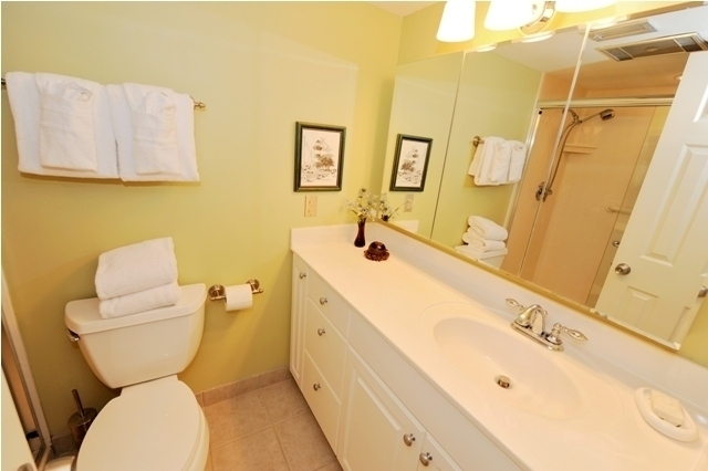 289-Stoney-Creek-Master-Bathroom289st7-big.jpg
