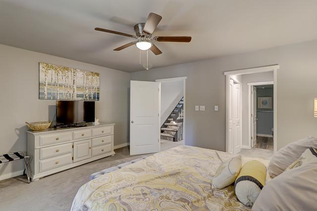 294-Stoney-Creek--Master-Bedroom-12368-big.jpg