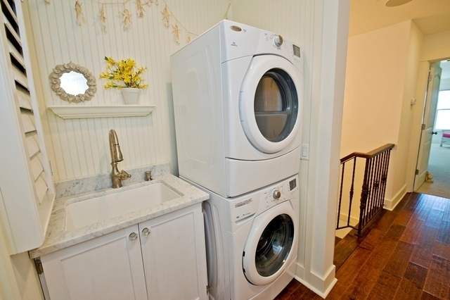 3-Lands-End---2nd-Floor-Utility-Room--6119-big.jpg