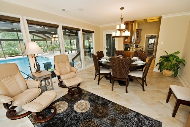 3-Twin-Pines-Court---Breakfast-and-Keeping-Area-8228-big.jpg