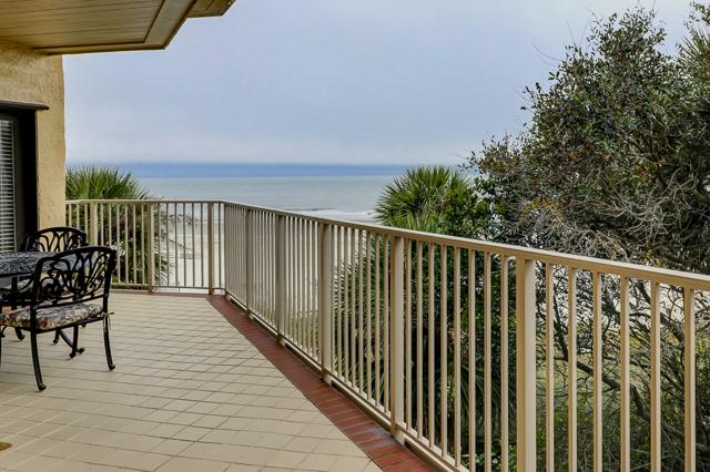 303-Turtle-Lane-Balcony-Ocean-View-13321-big.JPG