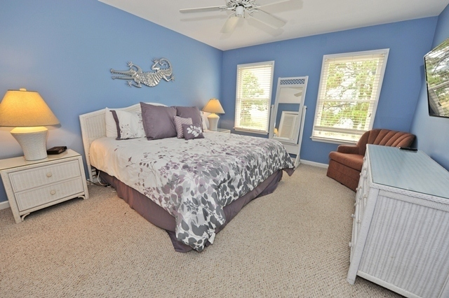 33-Lands-End---2nd-Master-Bedroom-6781-big.jpg