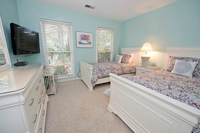 33-Lands-End---Guest-Twin-Bedroom-6784-big.jpg