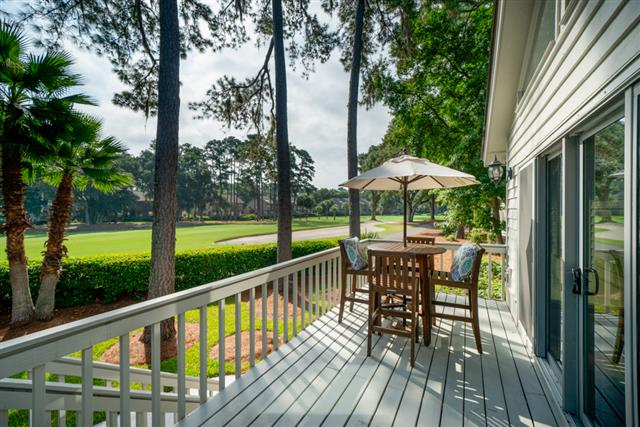 33-St.-Andrews-Place-Patio-Golf-View-16593-big.jpg