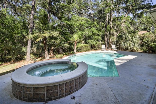 34-Baynard-Cove-Road-Private-Pool-with-Spa-12886-big.jpg