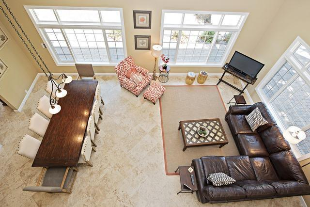 36-Willow-Oak-Court---Living-Room-and-Dining-Room-Aerial-View-10757-big.jpg