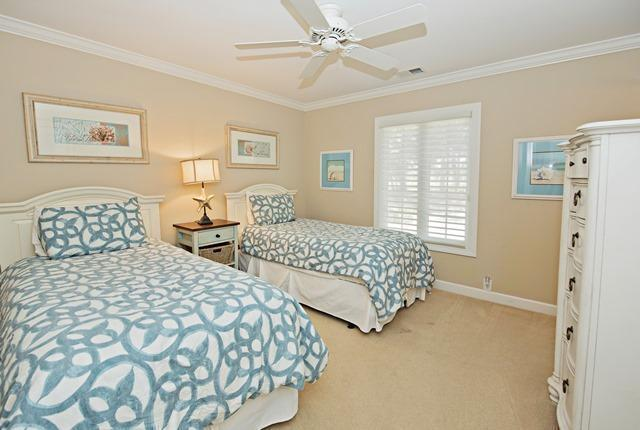 36-Willow-Oak-Court---Twin-Bedroom-10784-big.jpg