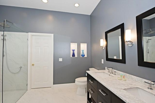 36-Woodbine-Place--Master-Bathroom-11815-big.jpg