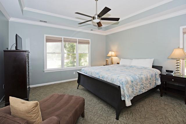 36-Woodbine-Place--Master-Bedroom-11813-big.jpg