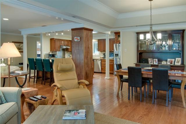 38-Battery-Road---Family-Room-to-Dining-Room-8474-big.jpg